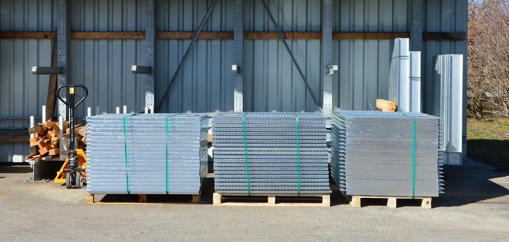 Gitterroste gebraucht 1.200x1.500 mm 1050x500px - gebrauchte Kragarmregale