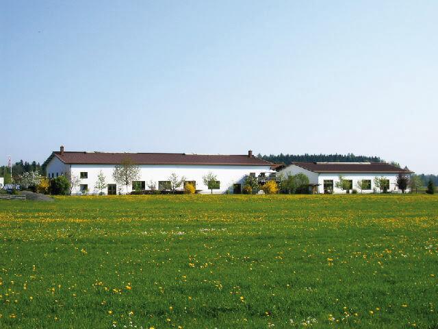 Halle09015 - Unternehmen