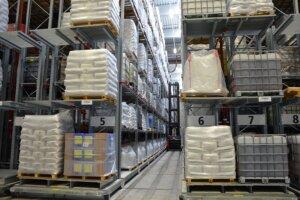 Verschieberegal Palettenregale und Kragarmregale 300x200 - Palettenregale für den Innen- und Außenbereich