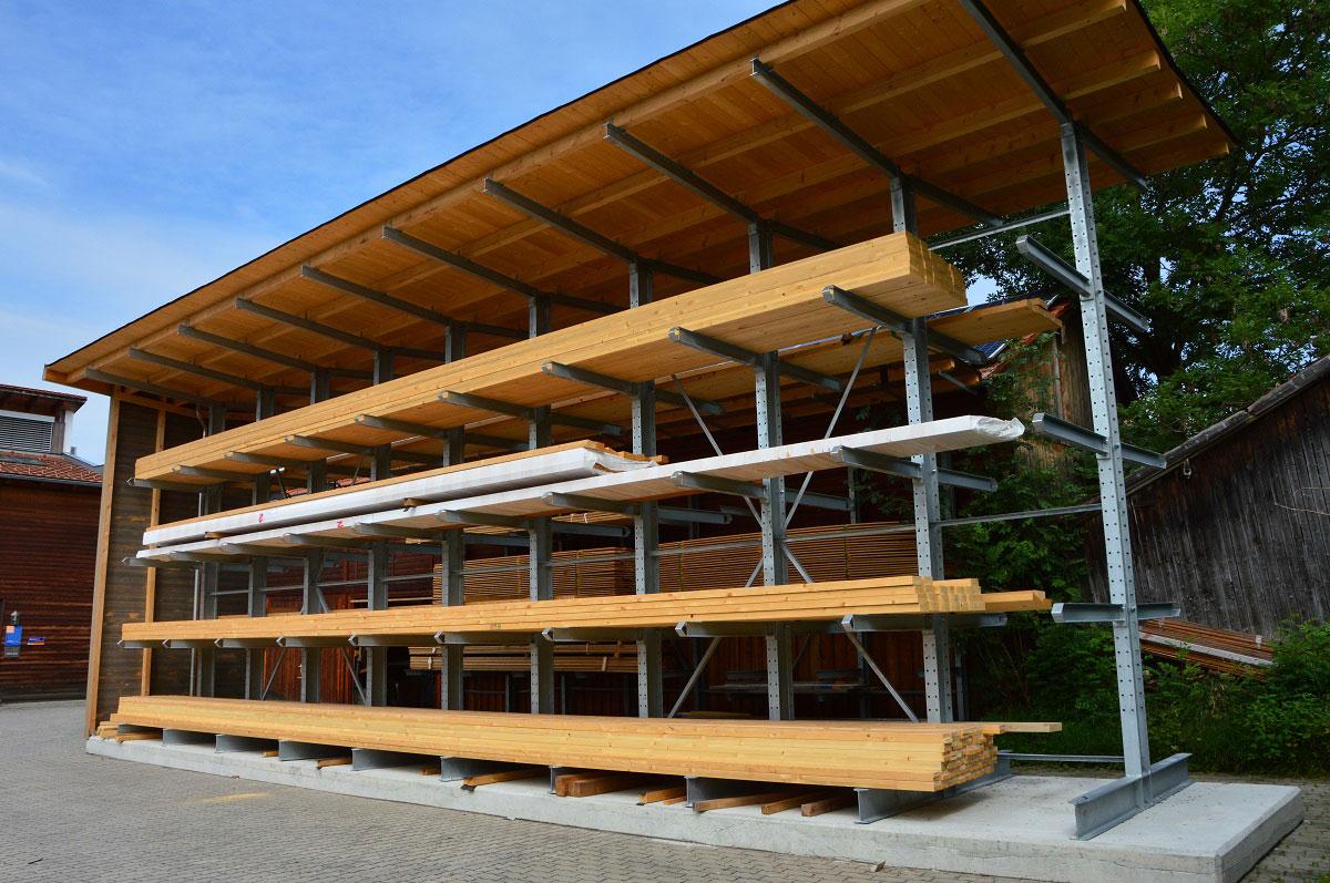 Kragarmregal doppelseitig mit Dach - Kragarmregal mit Überdachung